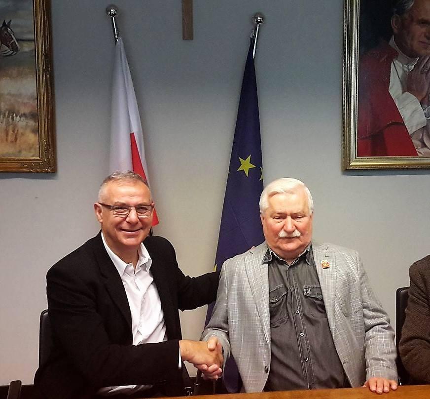 Με τον πρώην πρόεδρο της Πολωνιας Λεχ Βαλέσα  01.06.2017